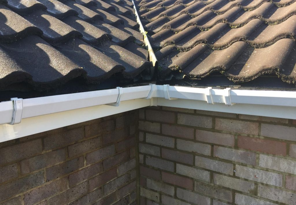 How Our Gutter Cleaning Service Works Fife Gutter